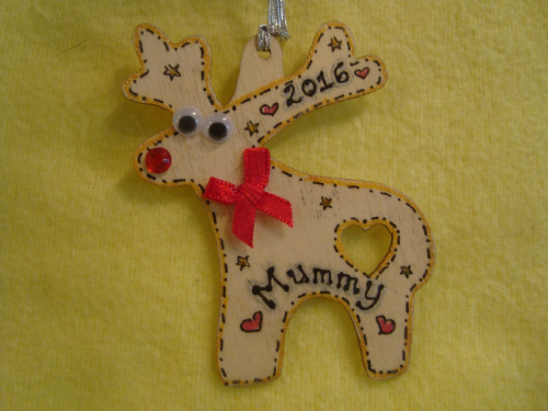 Personalised Wooden Reindeer with Bow Tree Hanger Decoration Shabby Chic Any Name & Year added